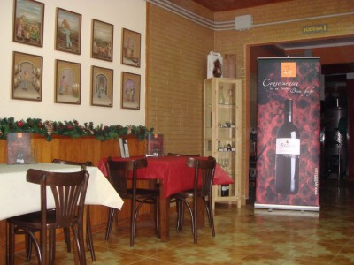 V5507. Commercial premises for bar or winery in Guayonje