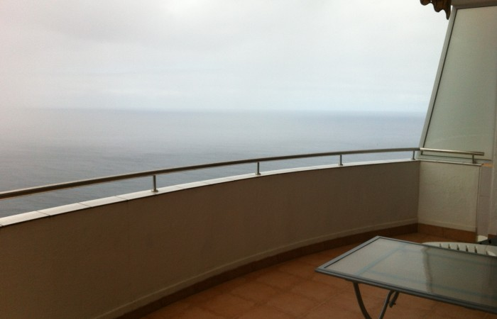 A1227. Apartment with fantastic views and large terrace.