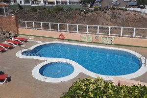 A1234. Apartment close to golf courses and with sea views.