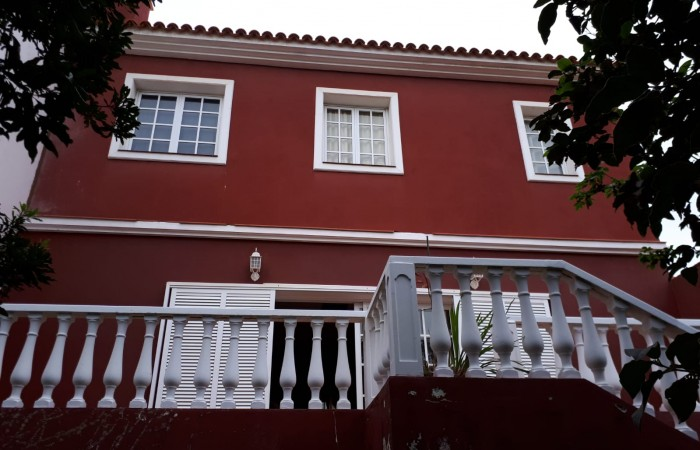 C3483. House in La Perdoma with 99m2 garage..