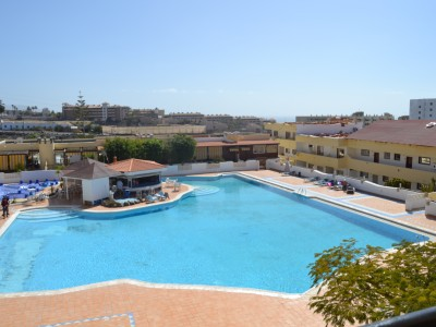 A1237. Apartment in Playa Paraiso with community pool